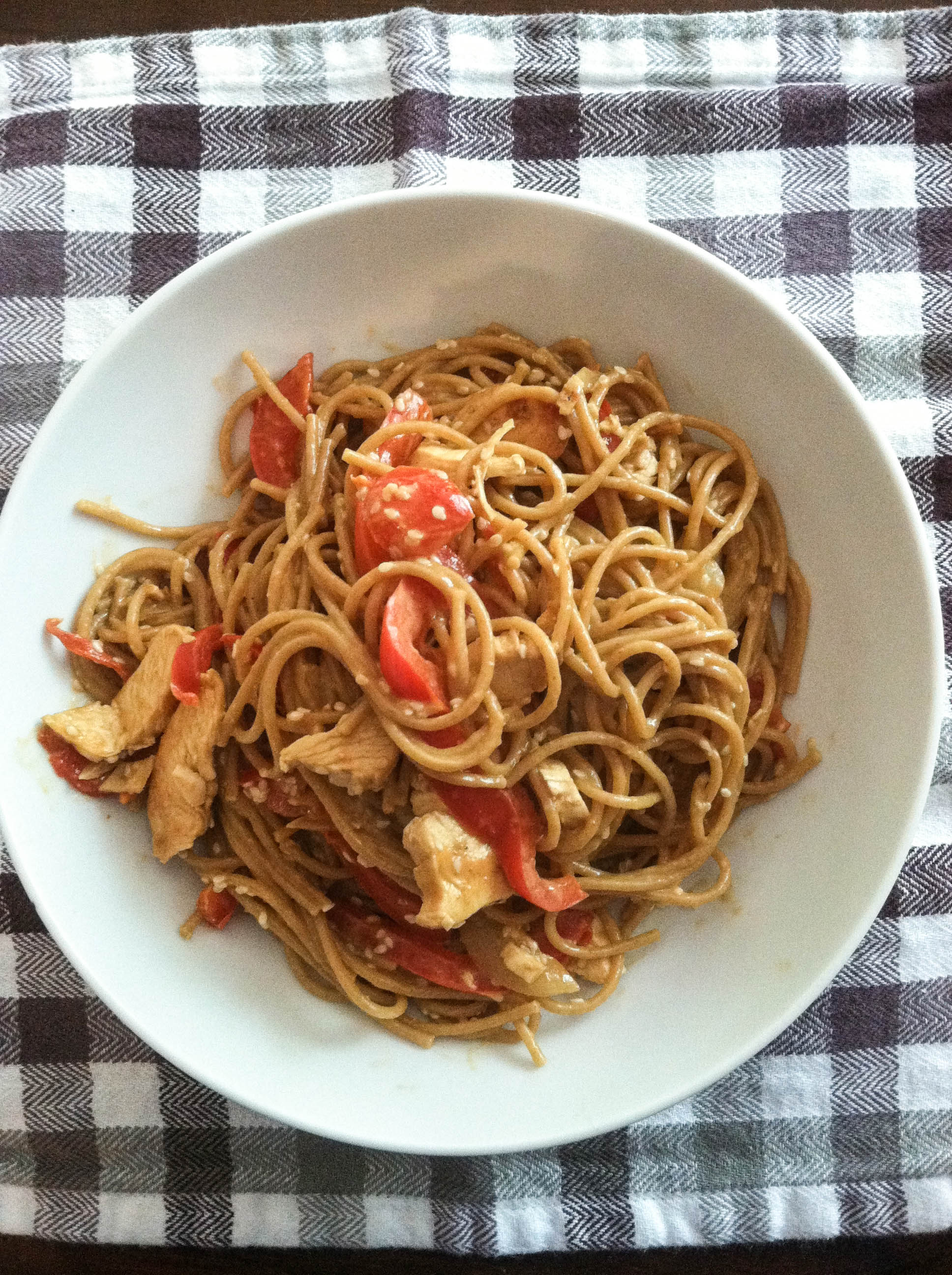 ... peanut chicken pasta + crazy coconut oil deal | Fit Mama Real Food