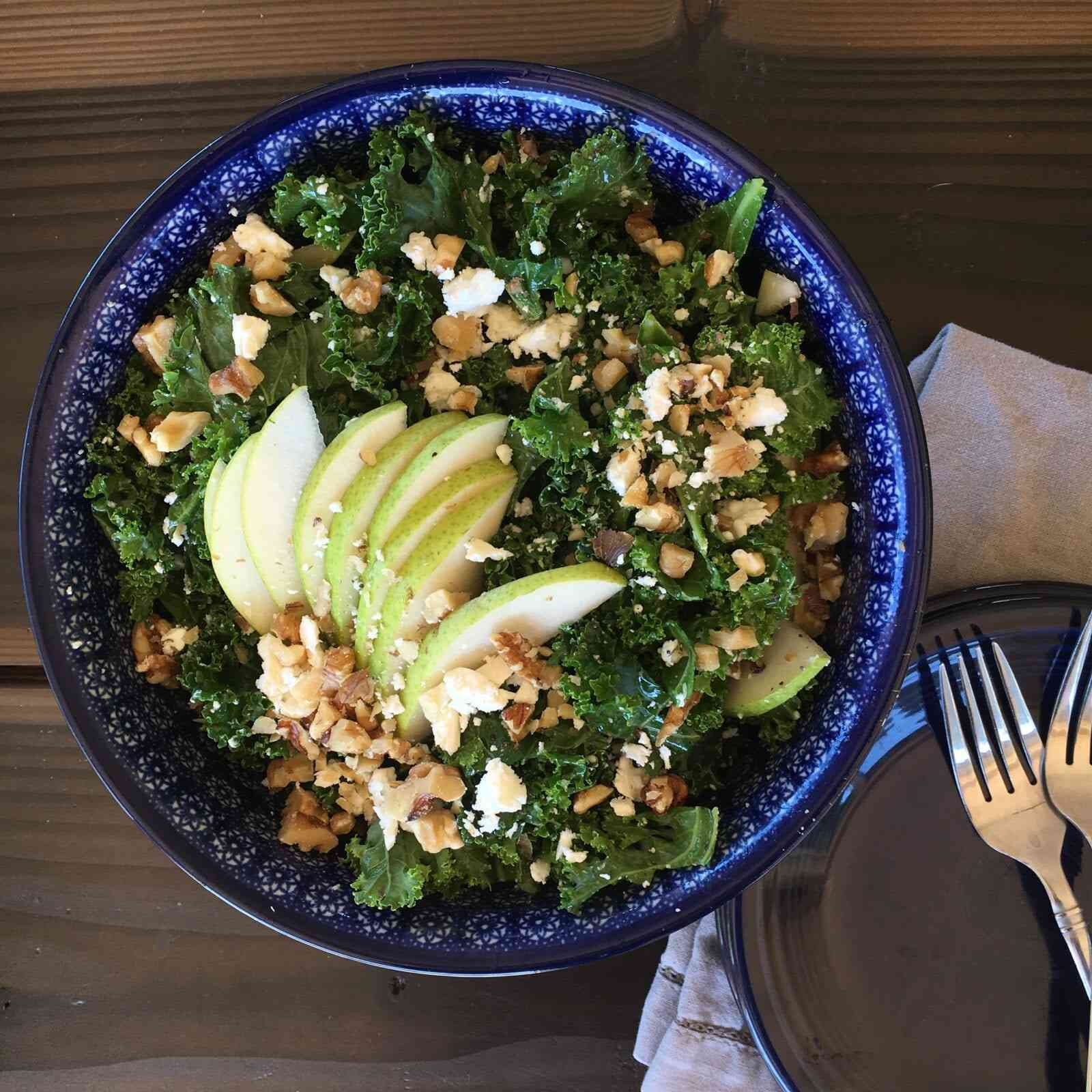 kale feta, pear and walnut salad with honey poppy seed dressing