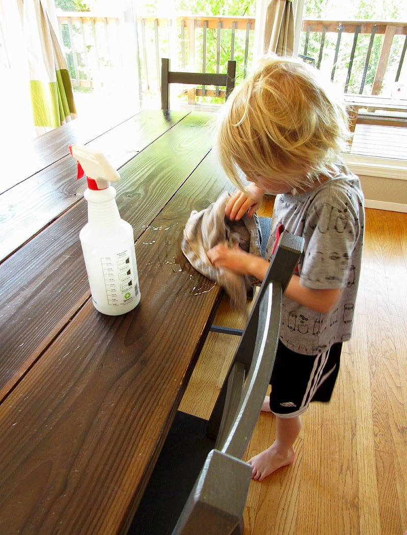 25 ways little kids can help around the house