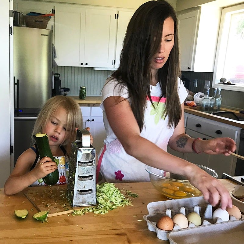 how to manage the chaos of cooking with kids