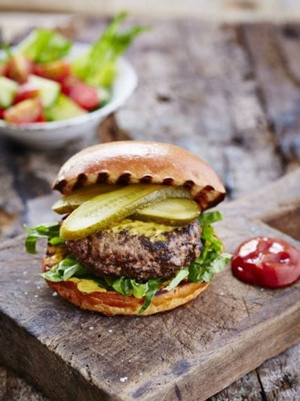 50 burger recipe roundup for every preference - beef burgers