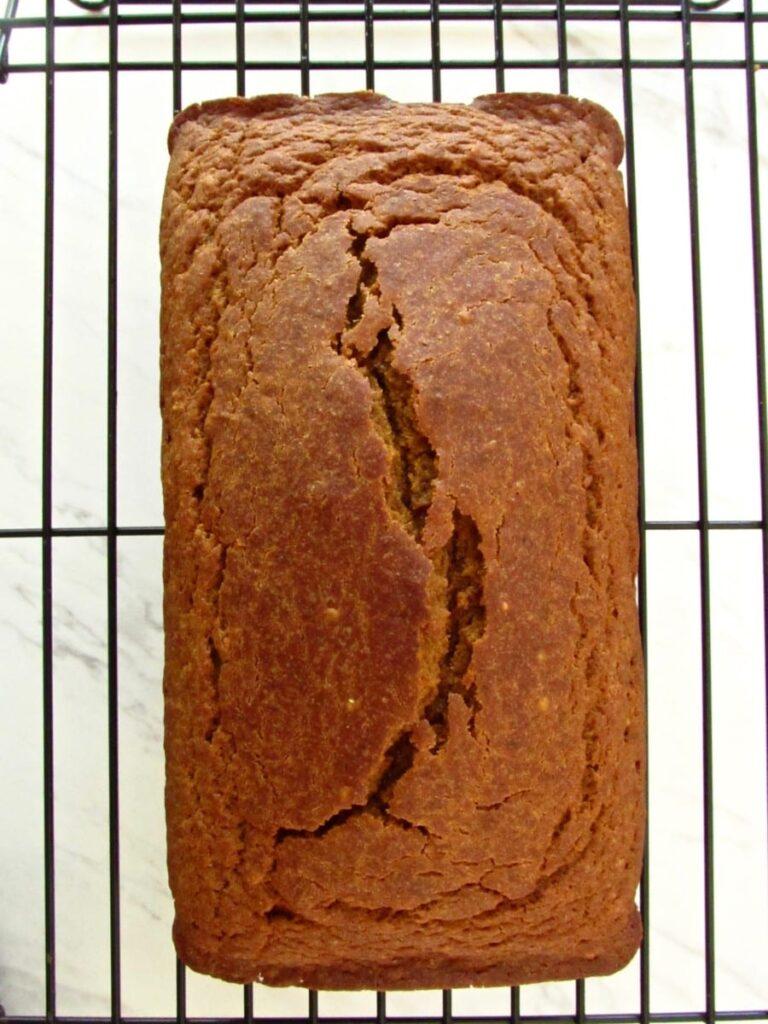 healthy pumpkin einkorn bread