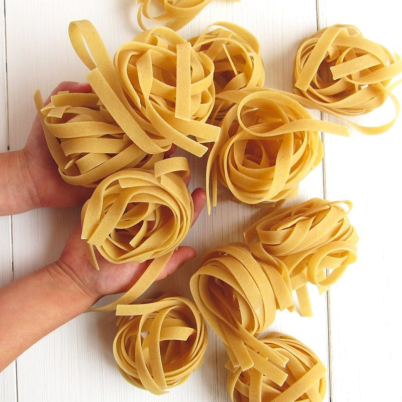 how to create a healthy capsule pantry   pasta pantry staple