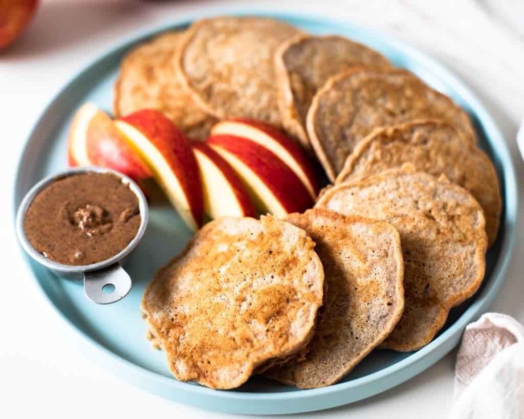 whole wheat apple pie pancakes