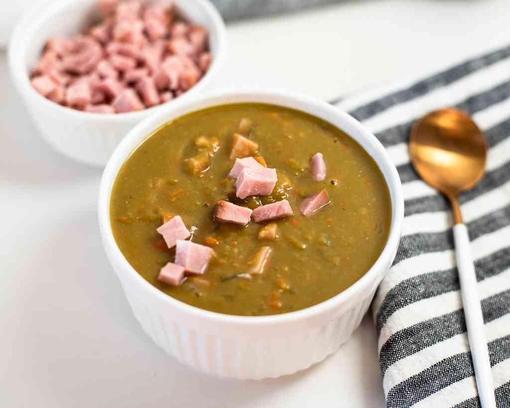 crockpot split pea soup with ham