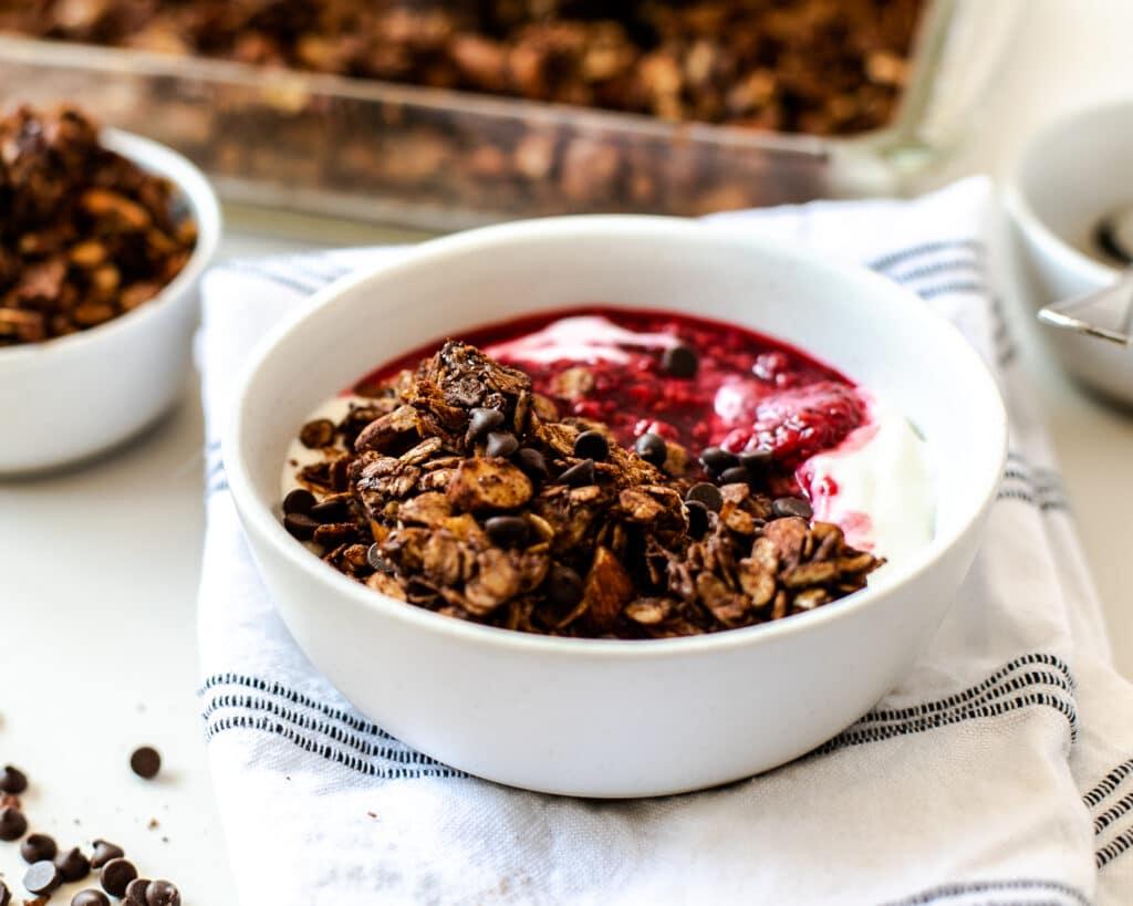 chocolate almond granola bowl